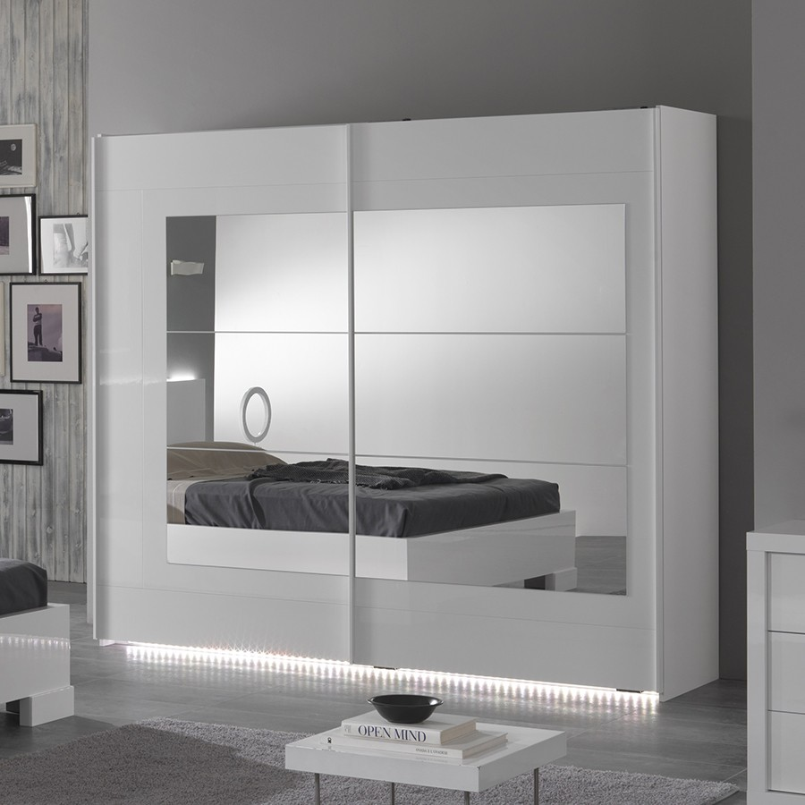 armoire design laque blanc. Black Bedroom Furniture Sets. Home Design Ideas