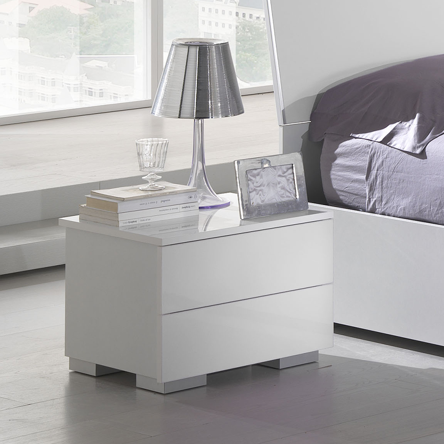 promotion 23 chevet design julietta coloris blanc. Black Bedroom Furniture Sets. Home Design Ideas